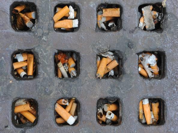 fumare 10 sigarette al giorno